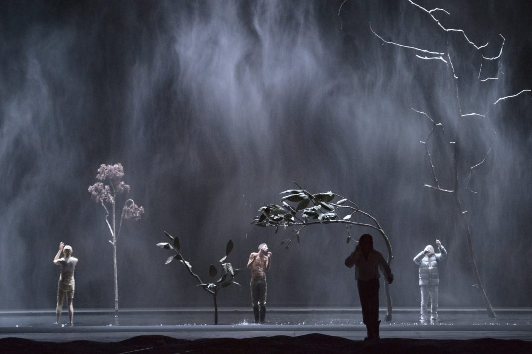 Photo M. Rittershaus. | B. Kosky, Armide (C.W. Gluck) | Sets and costumes: K. L. Tag | Dutch National Opera 2013