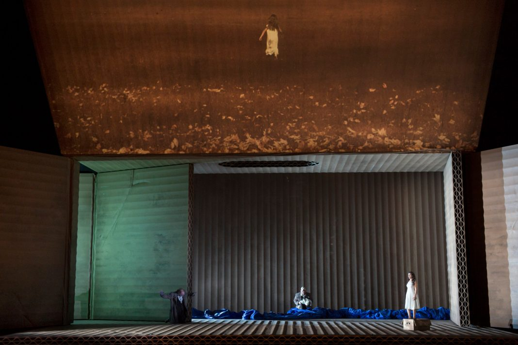 Christian Schmidt, Rigoletto | Direction by Claus Guth | Photo Monika Rittershaus / OnP
