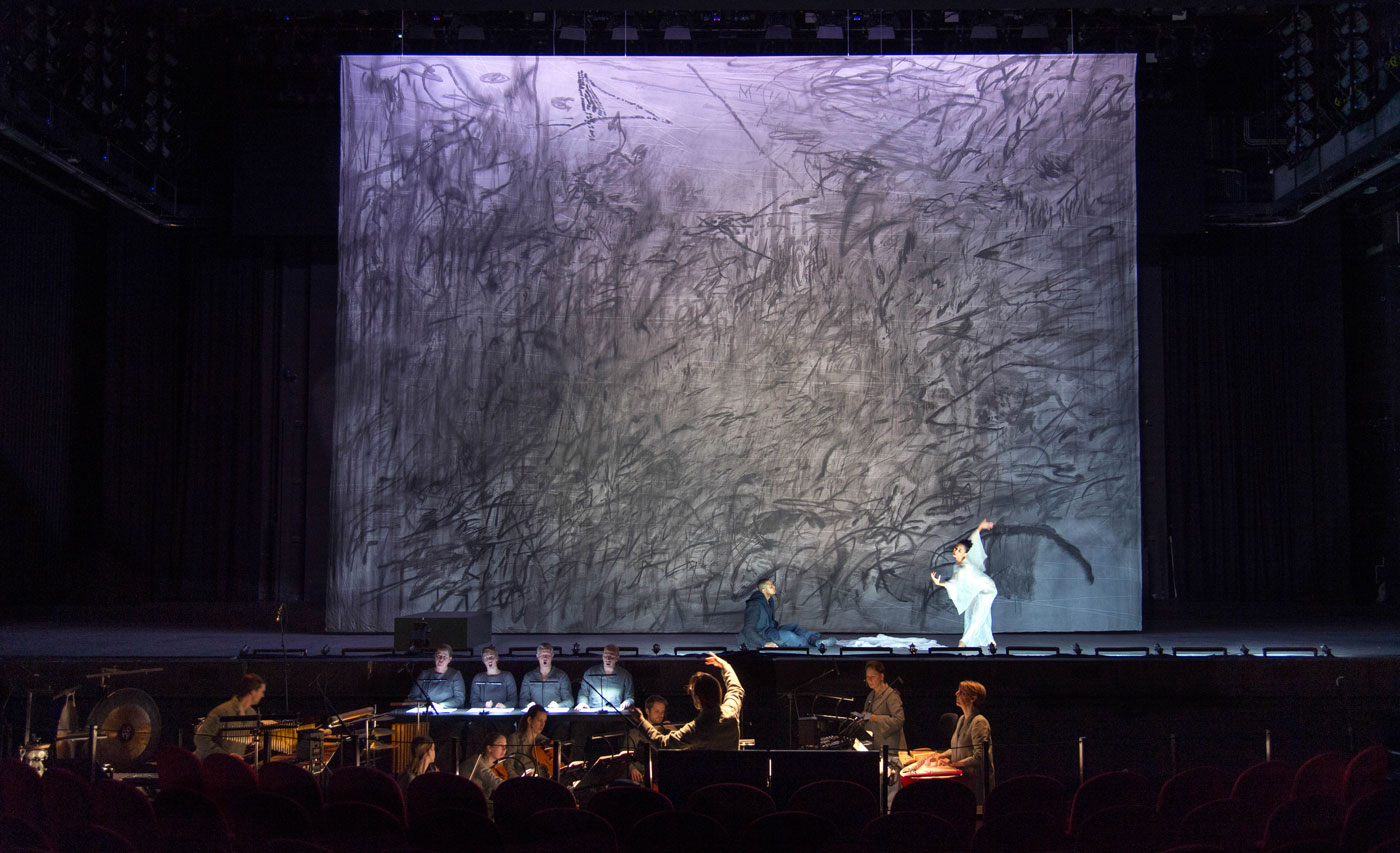 Julie Mehretu, Only the sound remains   Staging P. Sellars   Photo © Ruth Walz