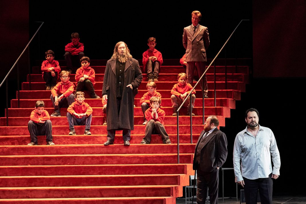 Jan Versweyveld, Boris Godounov | Staged by Ivo van Hove | © Agathe Poupeney / OnP