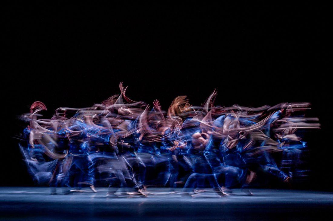 Gregory Batardon, stage photo of Shades, choreography by Andonis Foniadakis at Ballet Luzern set design magazine