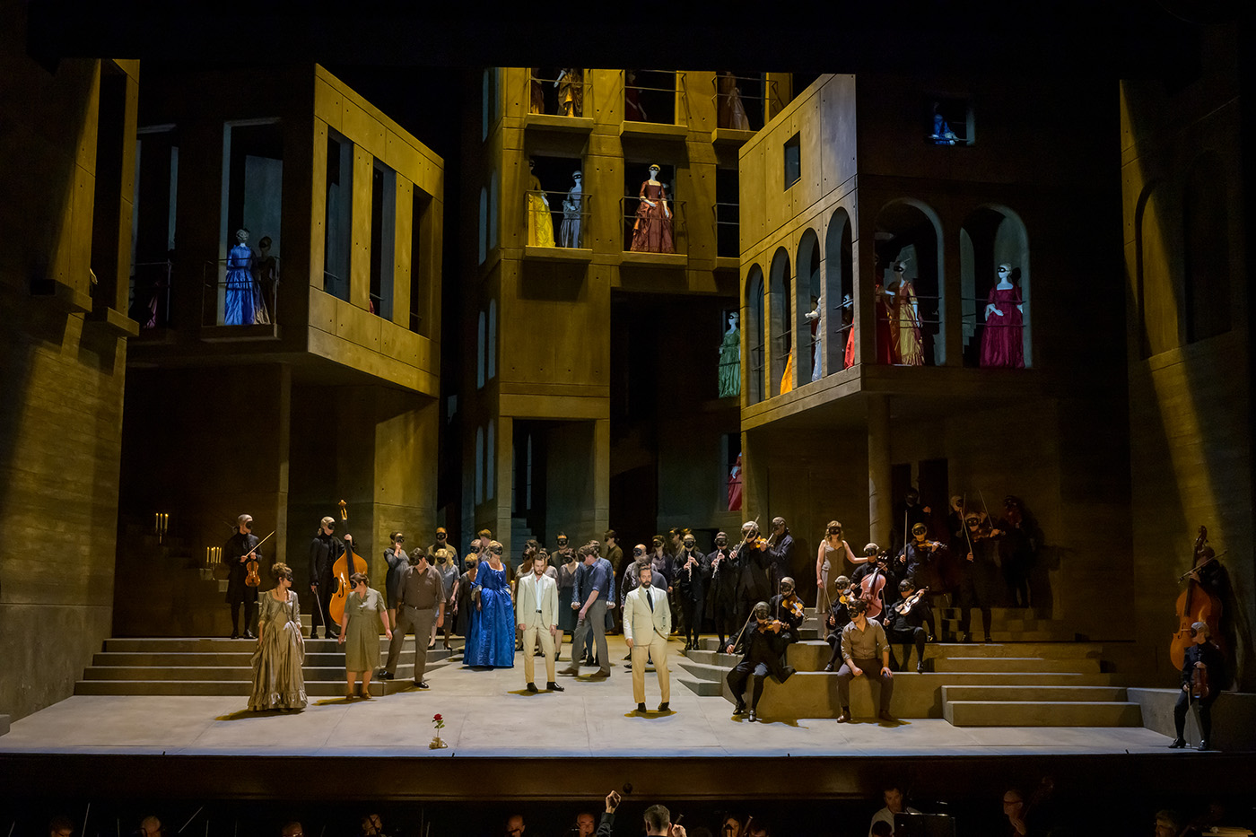 Jan Versweyveld, Don Giovanni | Dir. Ivo van Hove | © Charles Duprat / OnP
