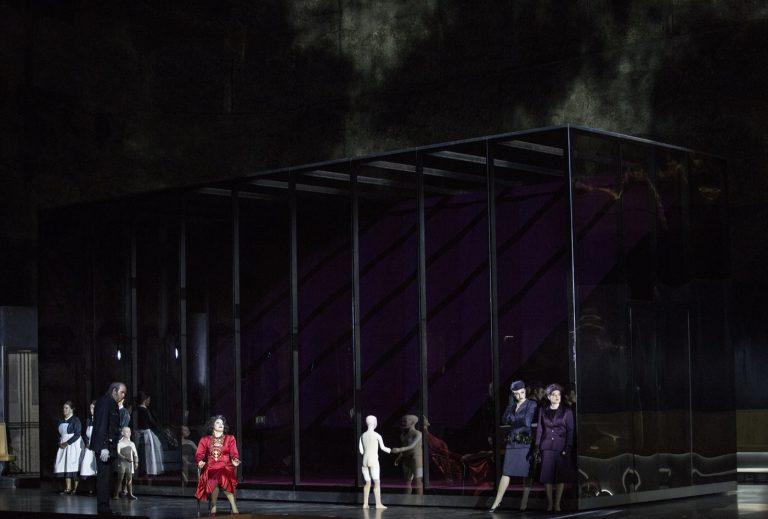 Szczesniak-Warlikowski-Elektra-Uhlig-Salzburger-Festspiele-2020-00118