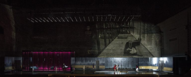 Szczesniak-Warlikowski-Elektra-Uhlig-Salzburger-Festspiele-2020-00137