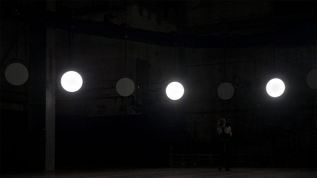 VOLNA, 'Duel' installation, 2019. © VOLNA