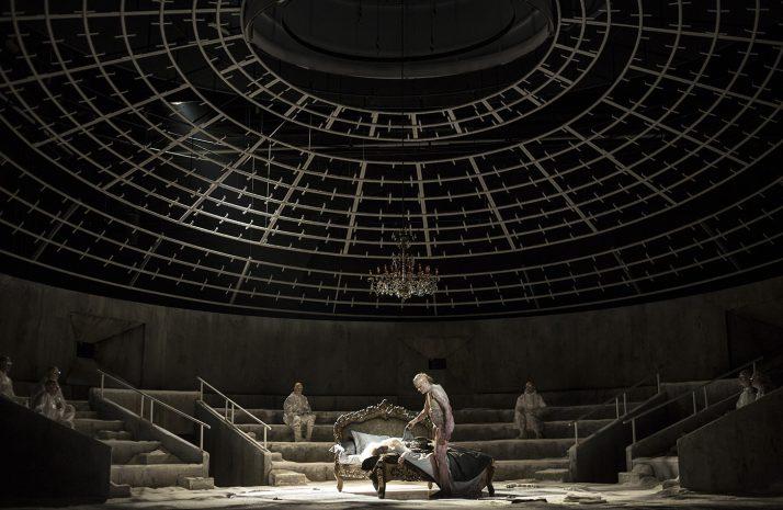 Alfons Flores, Frankenstein | Dir. À. Ollé (La Fura dels Baus) | Photo © Bernd Uhlig