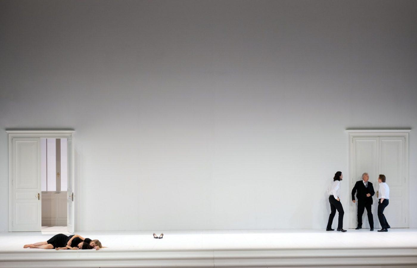 Leiacker-Loy-Cosi-Fan-Tutte-Monika-Rittershaus-Salzburger-Festspiele-2020-00114